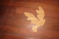 5_Vogel-im-Fußboden